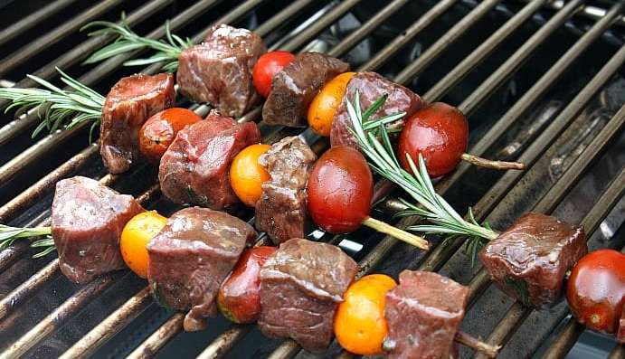 Food on a grill, with Grilling and Skewer
