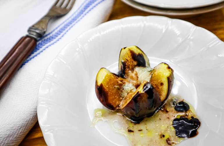 Figs with Roquefort and Honey, A Seasonal Treat