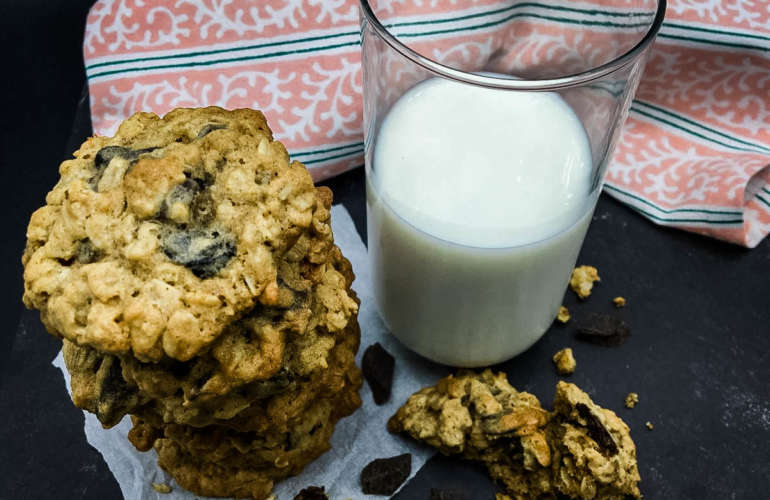 Cherry Chocolate Chunk Oatmeal Cookies