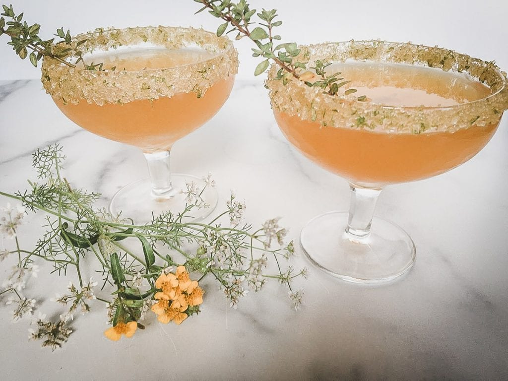 A glass of Apricot and Fizz
