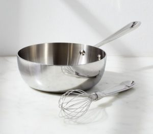 deep polenta pot with wire wisk