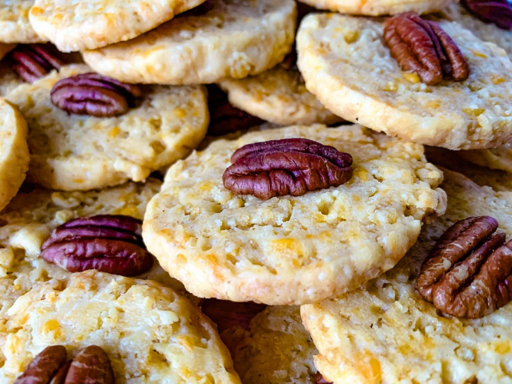 primary image for Southern Pecan Cheddar Wafers