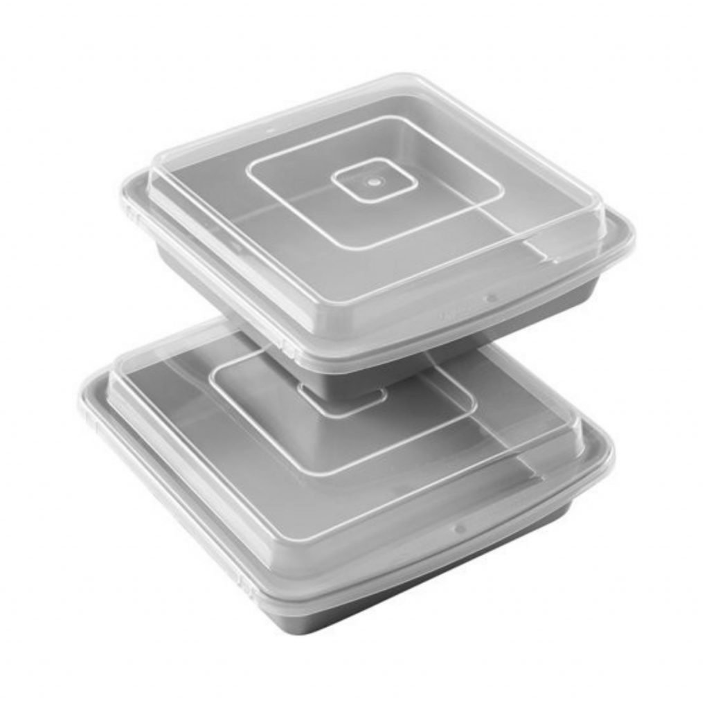 2 square cake pans with lids