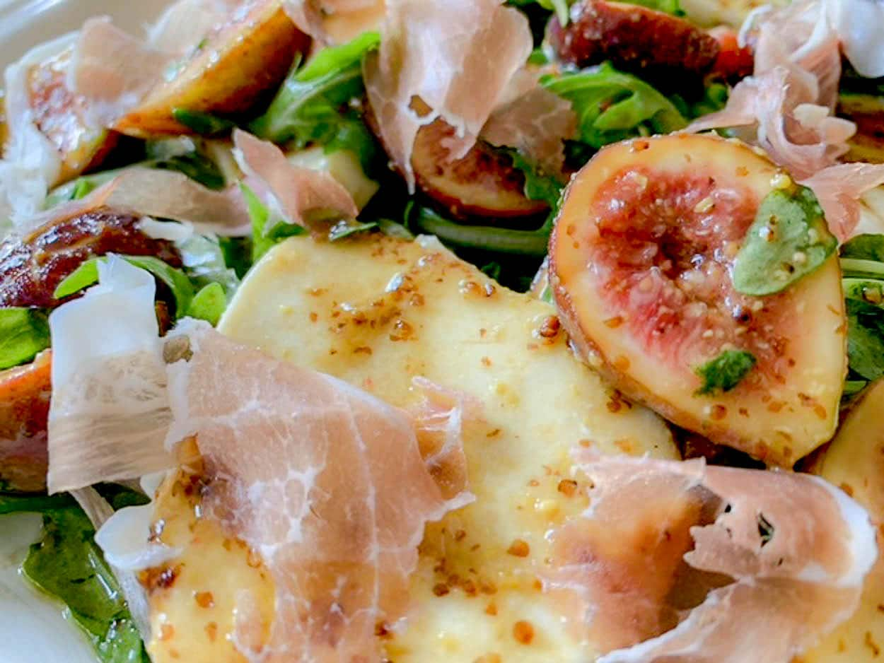 Marinated Fig And Mozzarella Salad