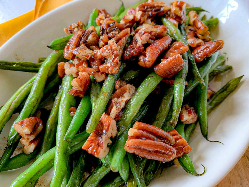 Brown Butter French Green Beans With Toasted Pecans