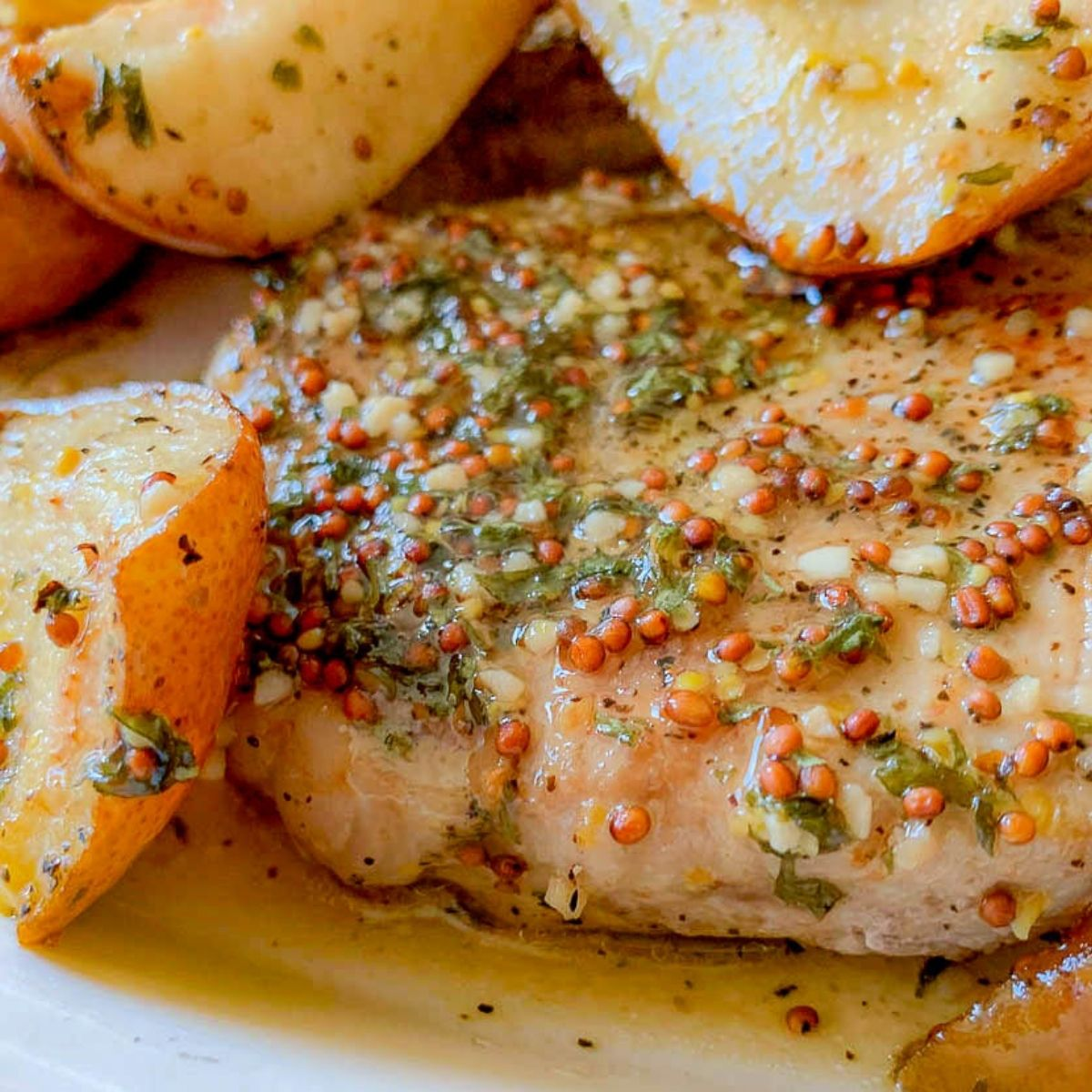 featured image for Pan Seared Pork Chops with Pears